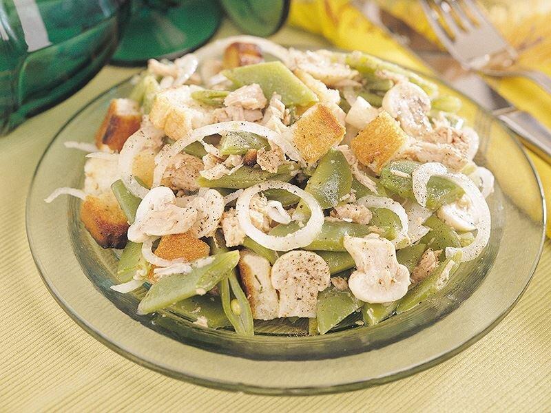 Ton Balıklı Fasulye Salatası tarifi